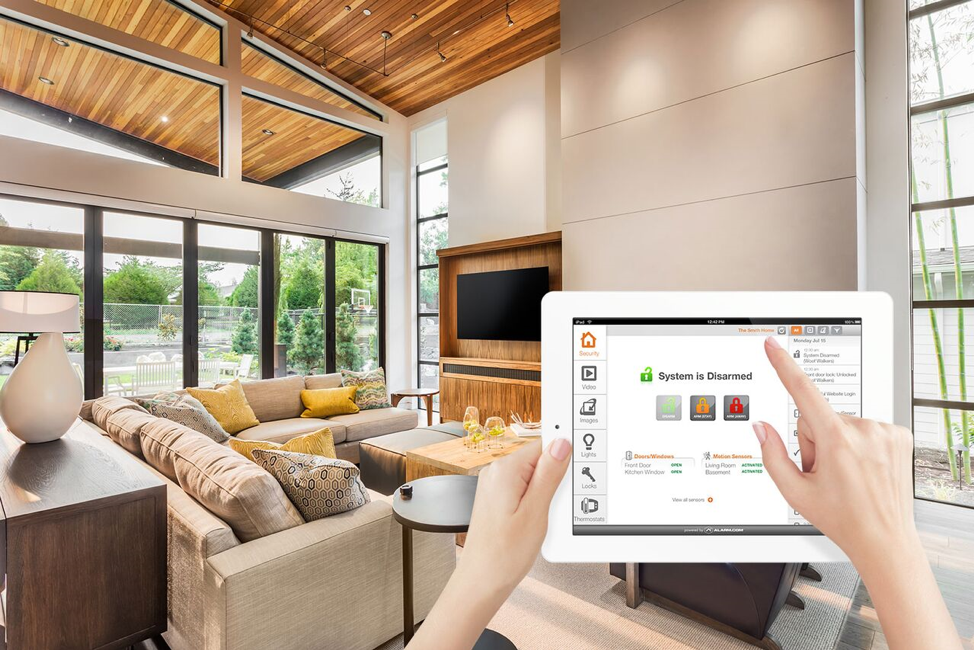 Why a Smoke Detector Is an Essential Part of a Home Security System