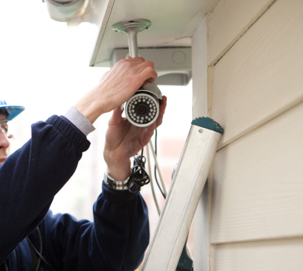 What Type of Home Surveillance System Works Best?